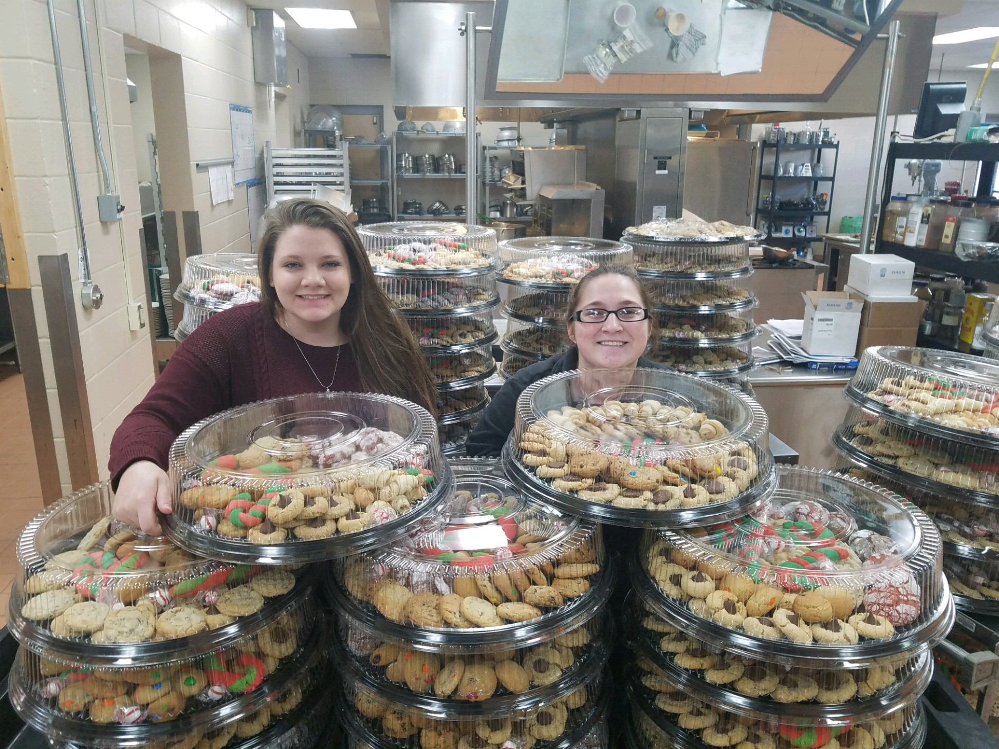 "CCCTC Culinary Students ""Roll Out"" 5,000 Cookies"