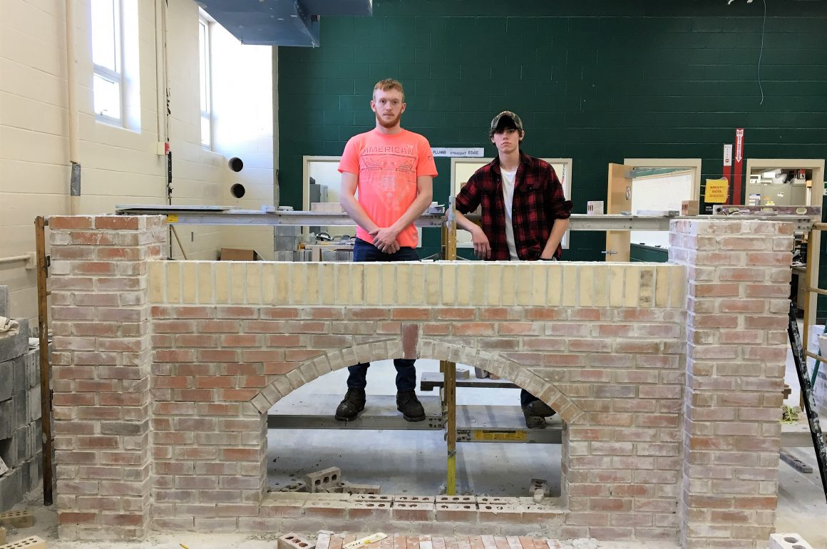 CCCTC Masonry Students Complete Arch Project