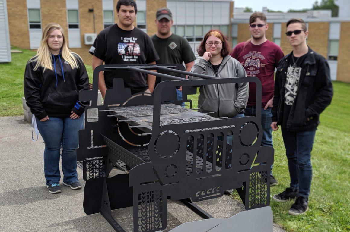 CCCTC Programs Collaborate on Custom Built Jeep Grill
