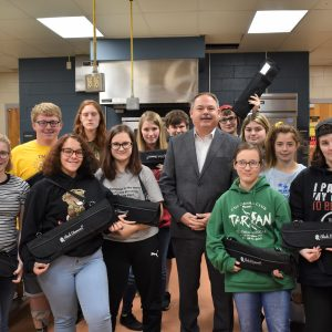 SYSCO Presents CCCTC Culinary Students with Knife Set