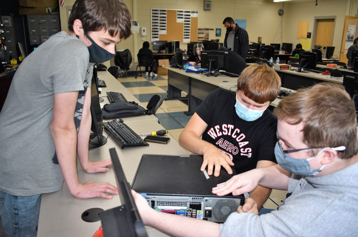 Information Technology Students at CCCTC Getting a Greater Understanding of How Computers Work