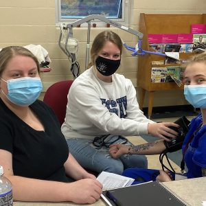 CCCTC Certified Nurse Aide Students Starting Lab Skills