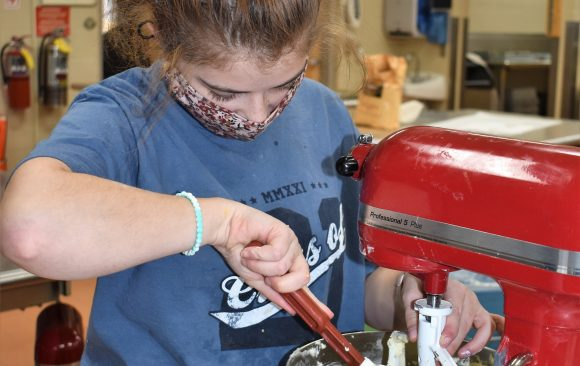 CCCTC Culinary Arts Students Creating Decorative Cupcakes for Fundraiser