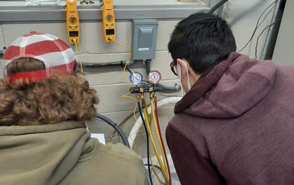 CCCTC AM Session HVAC/R Students Learn About Refrigerant Cycles